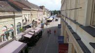 """Televizija Fruška gora započela je emitovanje emisije pod nazivom ,,Sremska Mitrovica u punom naponu novije istorije"""". Grad koji je oživeo klaničnu industriju Mitros, osavremenio infrastrukturu i doveo domaće i strane […]"""