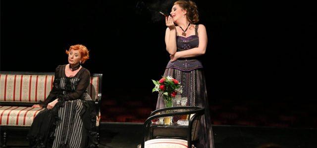 """Pozorište """"Dobrica Milutinović"""" je na početku nove 2017. godine pripremilo bogat kulturni program. Krajem januara na Velikoj sceni biće izvedene tri večernje predstave sa stalnog repertoara mitrovačkog Pozorišta. 23.januara 2017. […]"""