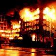 Vazdušni napadi NATO snaga na Srbiju, odnosno tadašnju SRJ, počeli su na današnji dan pre 21 godinu. Za 78 dana poginulo je između 1.200 i 2.500 ljudi. Odluka o bombardovanju […]