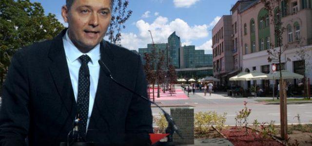 Kao munja ovih dana Šapcem je prostrujala vest da je Zelenović opet zavukao ruku u džep svojih sugrađana. Još se nije slegla prašina u vezi sa aferom nenamenskog trošenja 5 […]