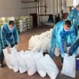 Rumski volonteri završavaju pakovanje paketa pomoći i danas kreće dostava pomoći na kućnu adresu. Paketi se dele prvo u Trećoj i Četvrtoj mesnoj zajednici u Rumi. Volonteri kreću od naselja […]